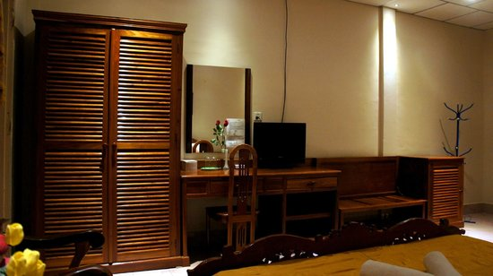 Royal Hotel: Deluxe Room