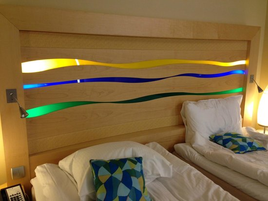 Radisson Blu SkyCity Hotel, Arlanda Airport: Bright colors