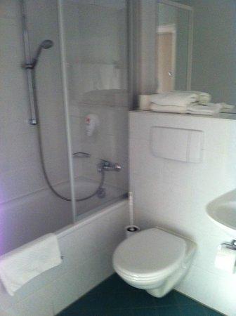 Park Inn by Radisson Nuremberg: ванная комната