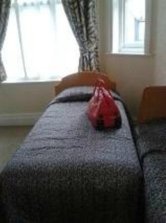 Gatwick Turret Guest House: one of the 3 comfortable beds