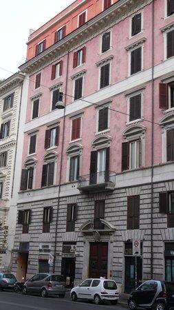 Hotel Solis: Hotel frontage