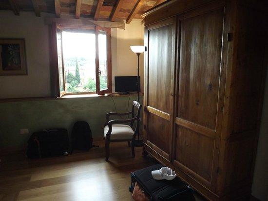 Casacenti: room