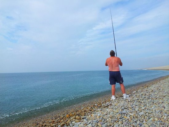 Chesil Family Holiday Park: Fishing on Chesil Beach