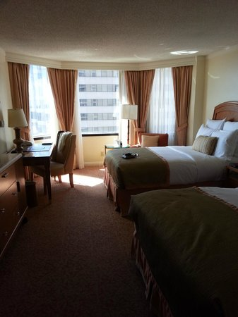 The Whitley, A Luxury Collection Hotel, Atlanta Buckhead: Our room