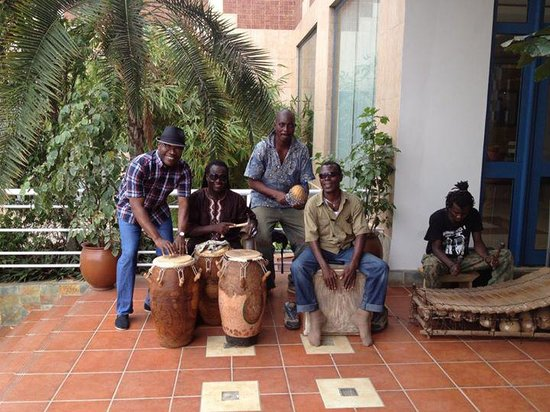 Holiday Inn Accra Airport : With the local band at the Holiday Inn, Accra was fun.