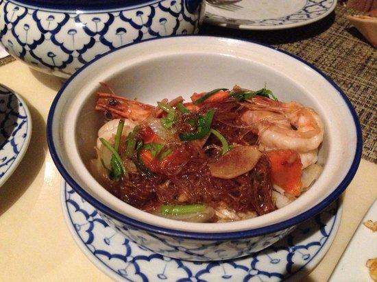 Nuch's Green Ta'lay Restaurant: 粉他们也叫noodle