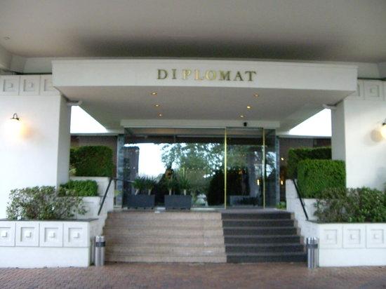 Diplomat Hotel: 外観02