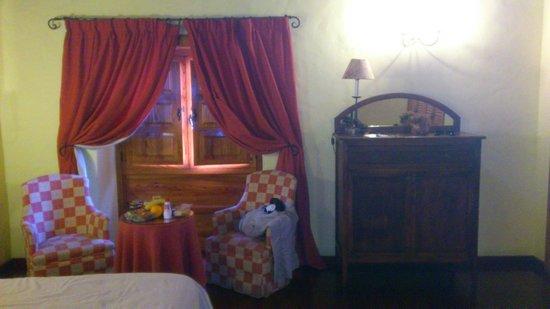 Hotel Rural Casa de los Camellos: chambre