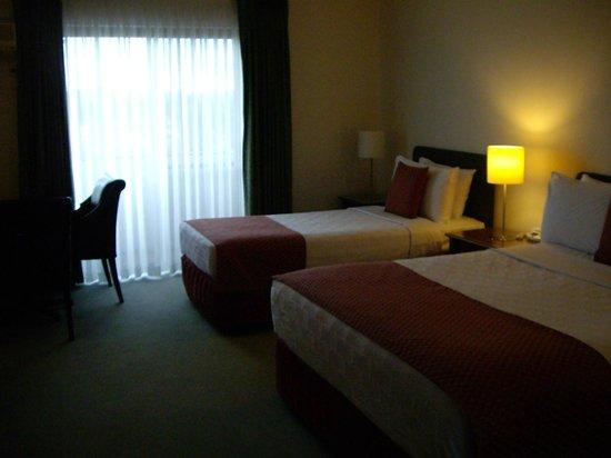 Diplomat Hotel: 部屋