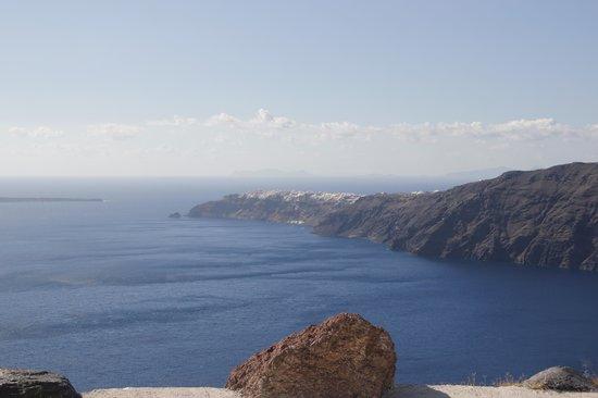 Rocabella Santorini Resort & Spa: Amazing view...