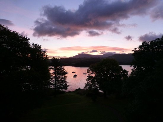 Derwent Bank: Sunrise