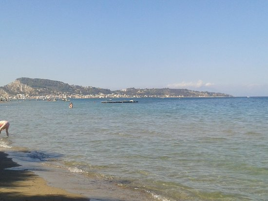 Iliessa Beach Hotel: het strandje dat heel langzaam verloopt voordat het diep wordt