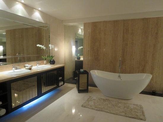 Villa Air Bali Boutique Resort & Spa: バスルーム