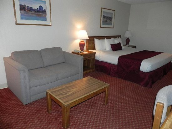 Americas Best Value Inn- Grand Junction: Comfortable Bed