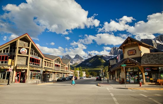 Reviews Canmore Restaurants