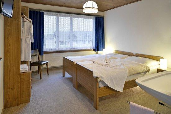 Schäfli : Hotelzimmer