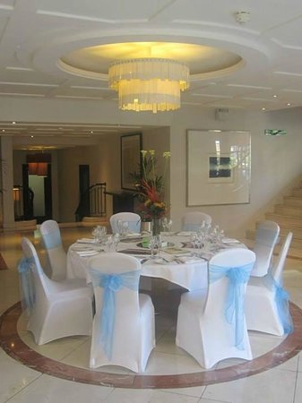 Clayton Crown Hotel: Room hire available for functions