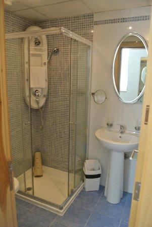 Park Lane Aparthotel : Salle de bains