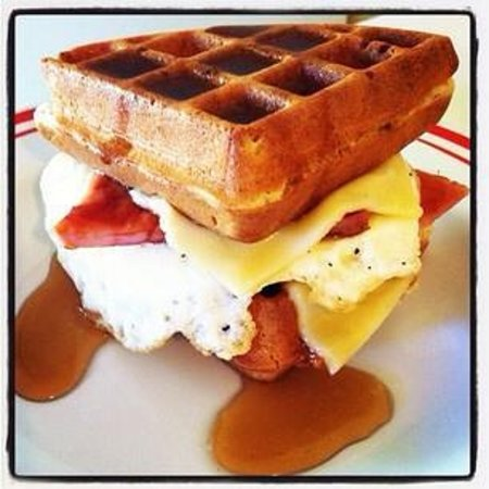 The Breakfast Club at Ola Lola's : Wafflewich