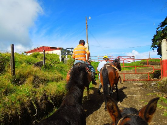 Volcan Turrialba Lodge : Beginning a Beautiful Ride