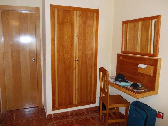 Hotel Jorge I: Bedroom