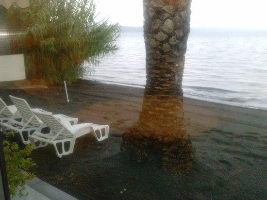 Hotel Restaurant Lido: Spiaggia privata.