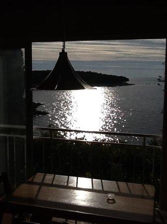 Villa Victory Apartmani: Abendstimmung - Blick vom obersten Appartement aufs Meer, einfach wunderschön zu jeder Tages- un