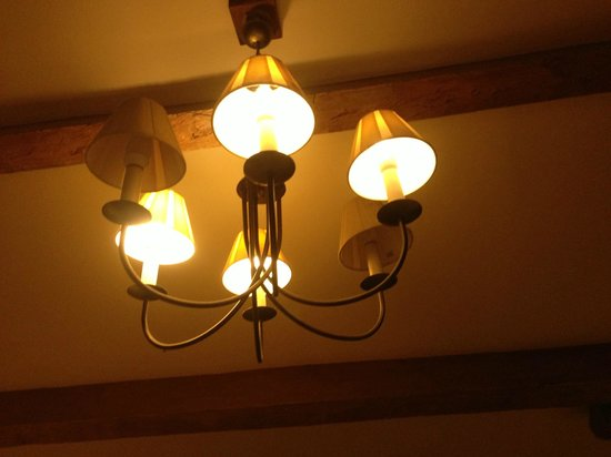 The Coach House Inn: Light in Our Bedroom - Only 4 Bullbs Working