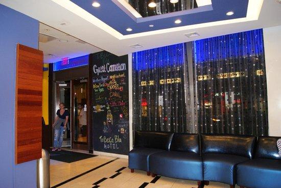 SoHo Garden Hotel: Recepcion
