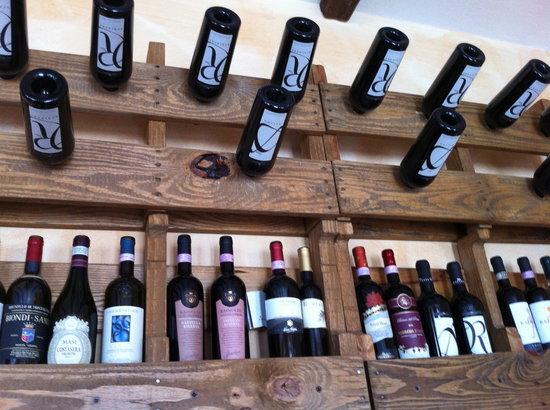 Agriturismo Il Talento Nella Quiete: Wines Lake Como