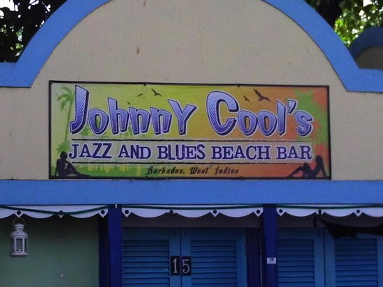 Johnny Cool Jazz & Blues Beach Bar: Can't miss it...