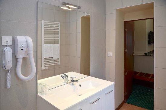 Hotel Heliot: Salle de bain