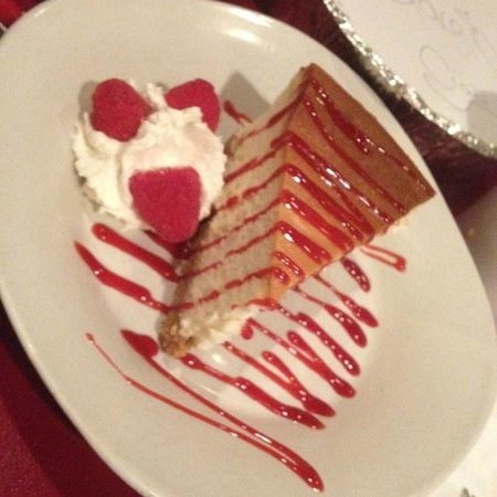 Ciao Wood Fired Pizza and Trattoria: Fluffiest Cheesecake you'll every have in SWFL!