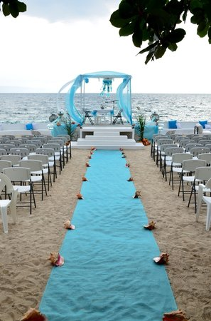 Wahoo Bay Beach Hotel Turquoise Wedding