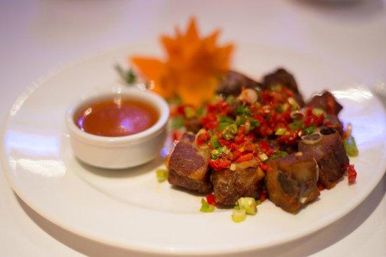 Zen Restaurant: Chilli ribs - Short cut tender pork ribs stir-fried with scallion and chill.