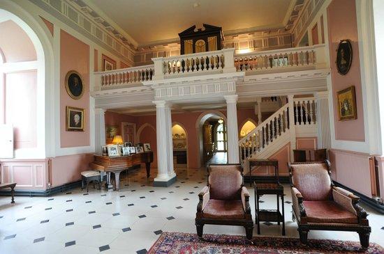 Picton Castle & Gardens : Main hall