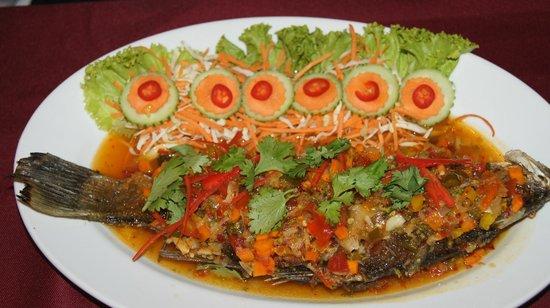 Na-Thai Resort: Ein Fisch, sowas von lecker