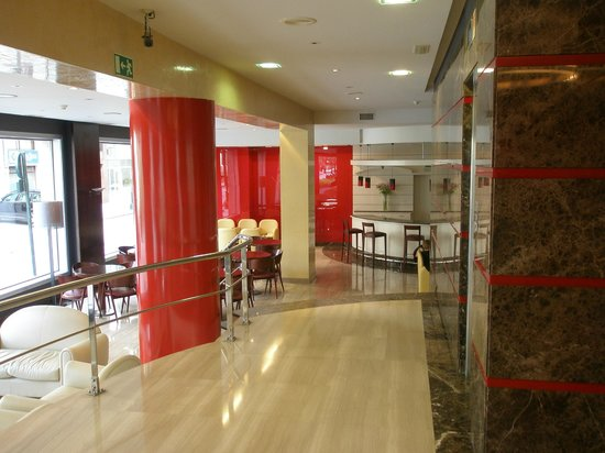 Hotel America Vigo: recepcion