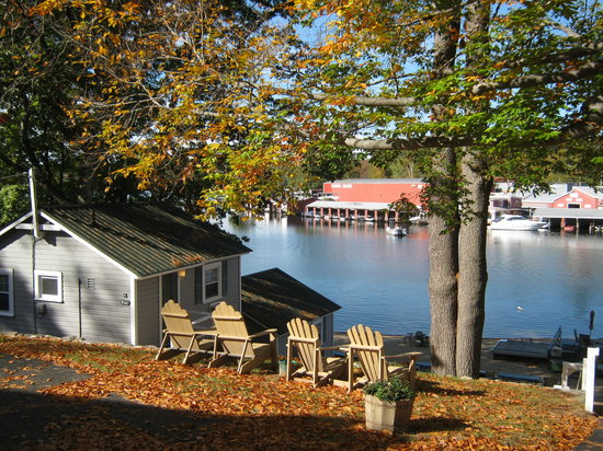 Proctor's Lakehouse Cottages: Our Fall Colors on October 9th.