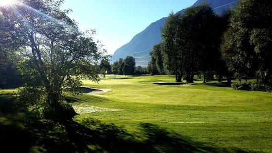 Dolomitengolf Hotel & Spa : Blick zum Golfplatz