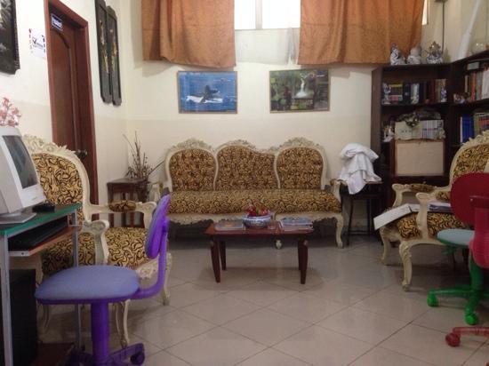 Hostal Perla Real Inn: recepcja