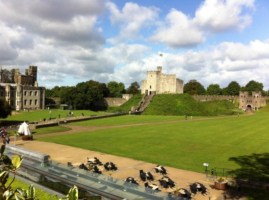 Cardiff Castle: The fort