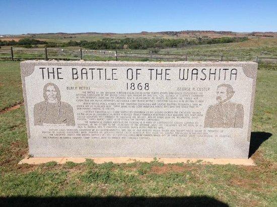 Washita Battlefield National Historic Site: monument at the battlefield overlook