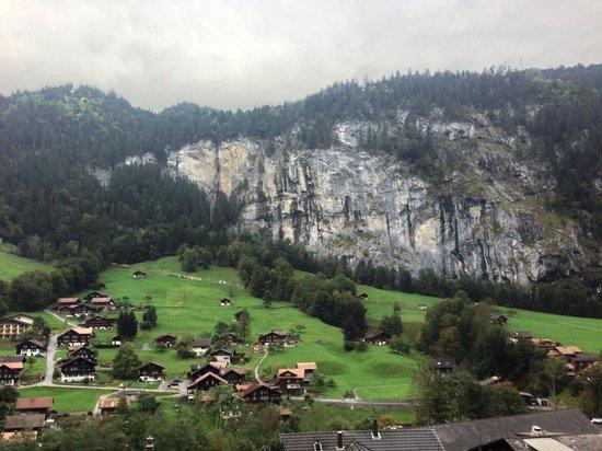 Hotel Oberland Restaurant: View