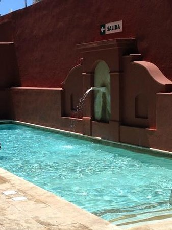 Courtyard Santo Domingo: Swimming Pool