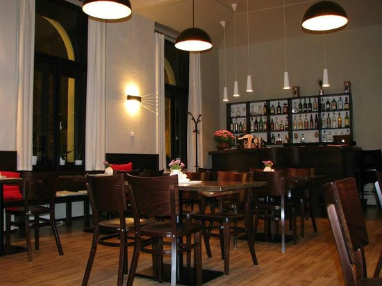 Restaurace 4 Mori : A quiet atmosphere