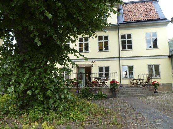Hotel Hellstens Malmgard : Aussenansicht vom Innenhof