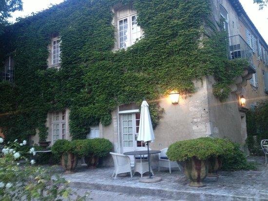 Baumanière les Baux de Provence : Le Manoir, o anexo do L'Ostau