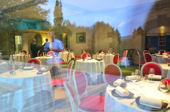 Château Sainte Sabine : the dinning room