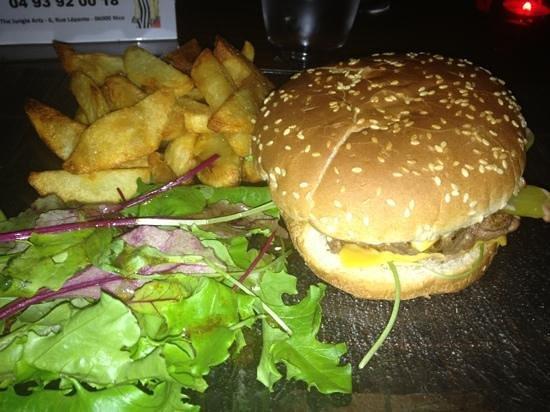 Jungle Art's: cheeseburger
